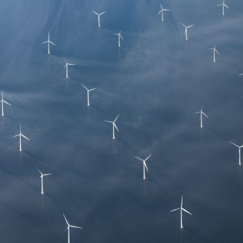 early-morning-view-on-a-danish-offshore-wind-farm-GBW36NB