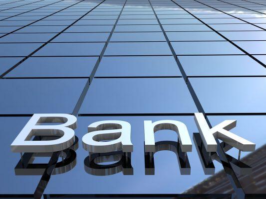 bank shutterstock_132914387