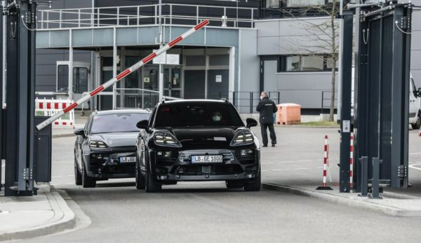 Dr. Michael Steiner, Member of the Executive Board Research and Development of Porsche AG, prototypes of the all-electric Macan, Weissach, 2021, Porsche AG