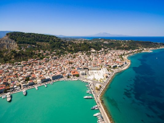 aerial-view-of-zakynthos-city-in-zante-island-in-g-P99WPPX