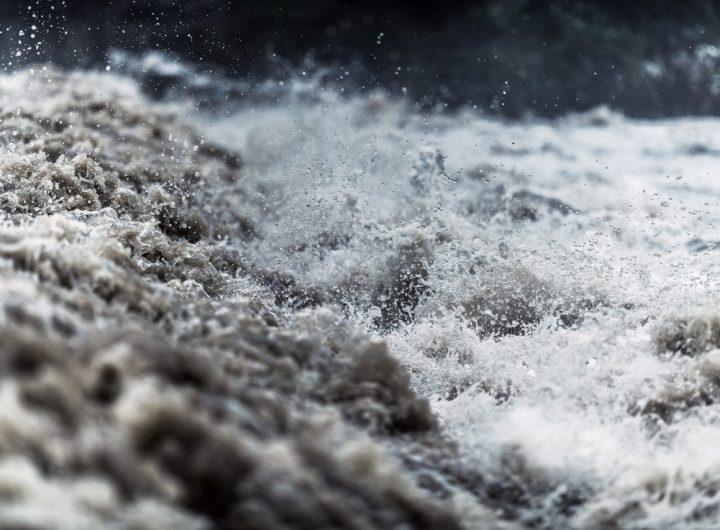 flash-flood-water-JQSXMNA