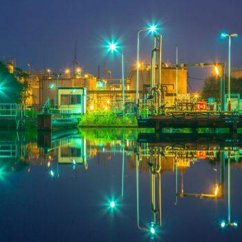 docking-site-refinery-P8MCTQ5