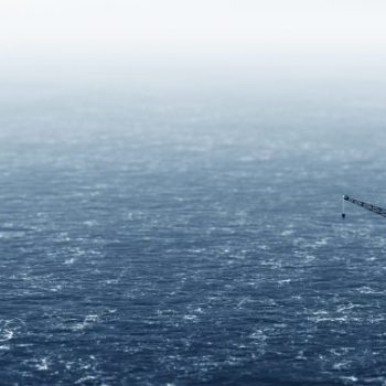 offshore-drilling-rig-on-the-sea-oil-platform-PK9P33V