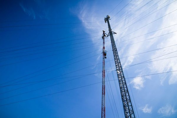 pole-with-electrical-wires-PJPL4T9