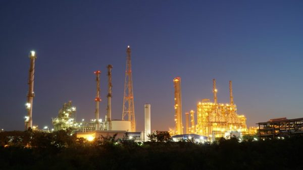 oil-and-gas-refinery-plant-or-petrochemical-indust-2021-08-31-21-56-34-utc